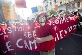 """Studenti in piazza contro il Governo: """"Riprendiamoci il Futuro!"""""""